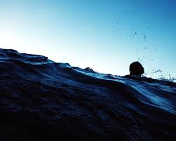 La natación ayuda a las personas a combatir la depresión y la ansiedad